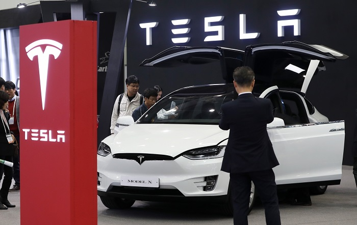 Tesla acquires battery technology group Maxwell for $218 mn
