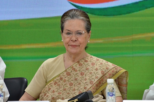 Congress likely to appoint four-member panel to assist Sonia Gandhi