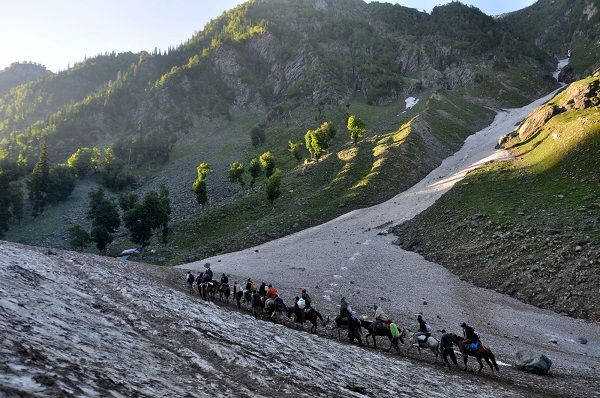 J&K officials review arrangements for Amarnath Yatra